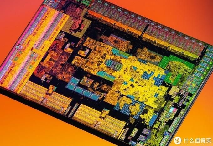 英特尔酷睿i7-1165G7对比AMD R7 4800U单线程表现略有优势,但多核无法匹敌