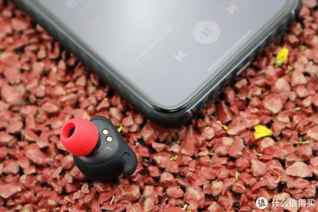 一副耳机三种形态 Hakii FIT开启蓝牙耳机新玩法 你真没见过
