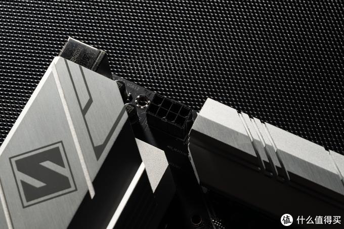 一块能扛 10900K 的 B460 主板!华擎 B460M Steel Legend 深度评测