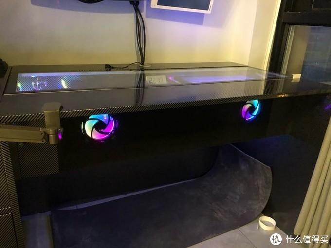 万物皆可RGB,包括桌子