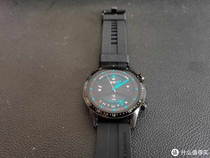 价格坚挺的国产之光2——华为手表GT2开箱简评