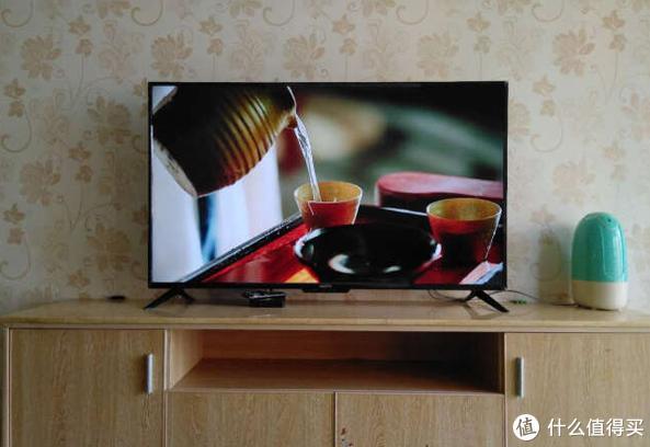 纵享欢乐氛围,全面屏电视带来更多震撼