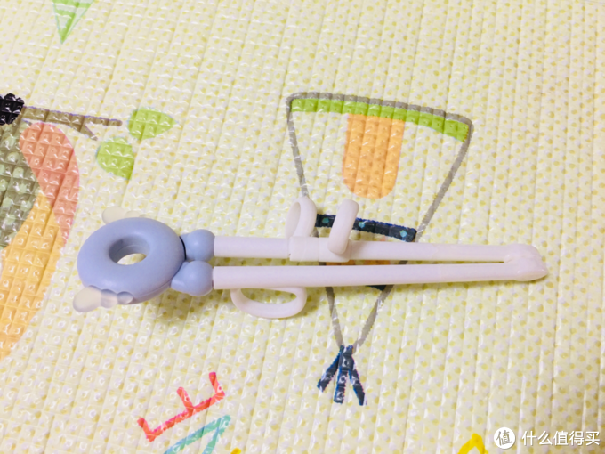 晒晒白菜价入的好孩子分格餐盘&陶瓷学习筷