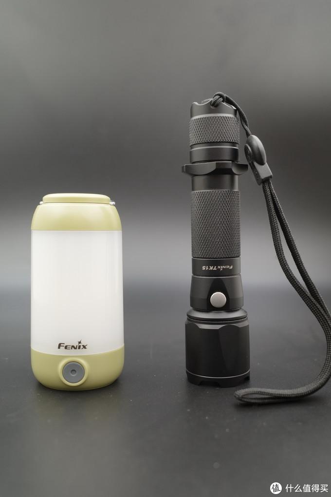 菲尼克斯FENIX CL26R小型营地灯开箱晒单