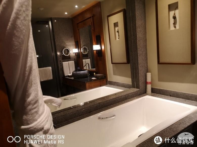 洗手间干湿分离做得比较好