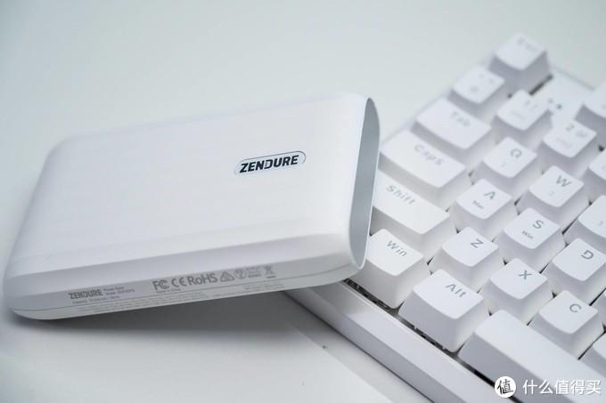 笔记本、手机充电宝还能当HUB用?Zendure征拓X5不只是充电宝