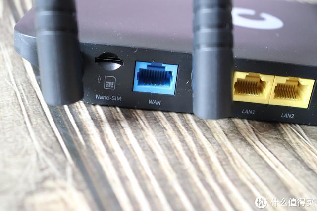 告别价格高昂的商用宽带,可以带着网络走的蒲公英X4C路由器