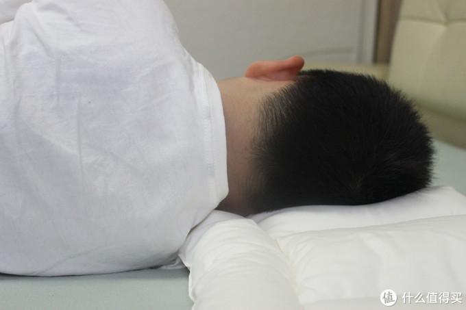 如何为宝贝挑选一只适合的枕头——三款口碑儿童枕深度对比评测