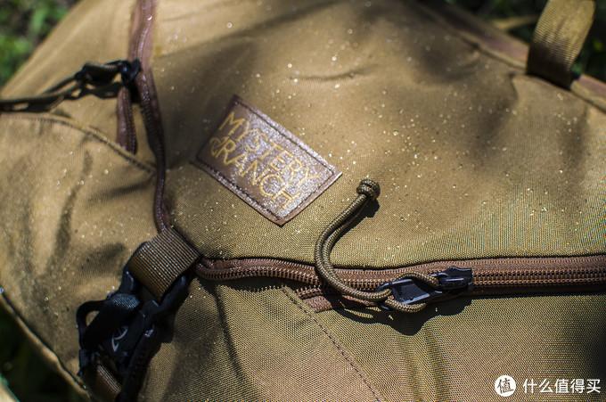 快开扩容功能强,商务户外两相宜:神秘农场3Way背包
