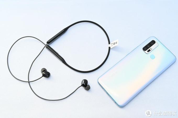 手机配件横评:就用百元耳机听个响吧