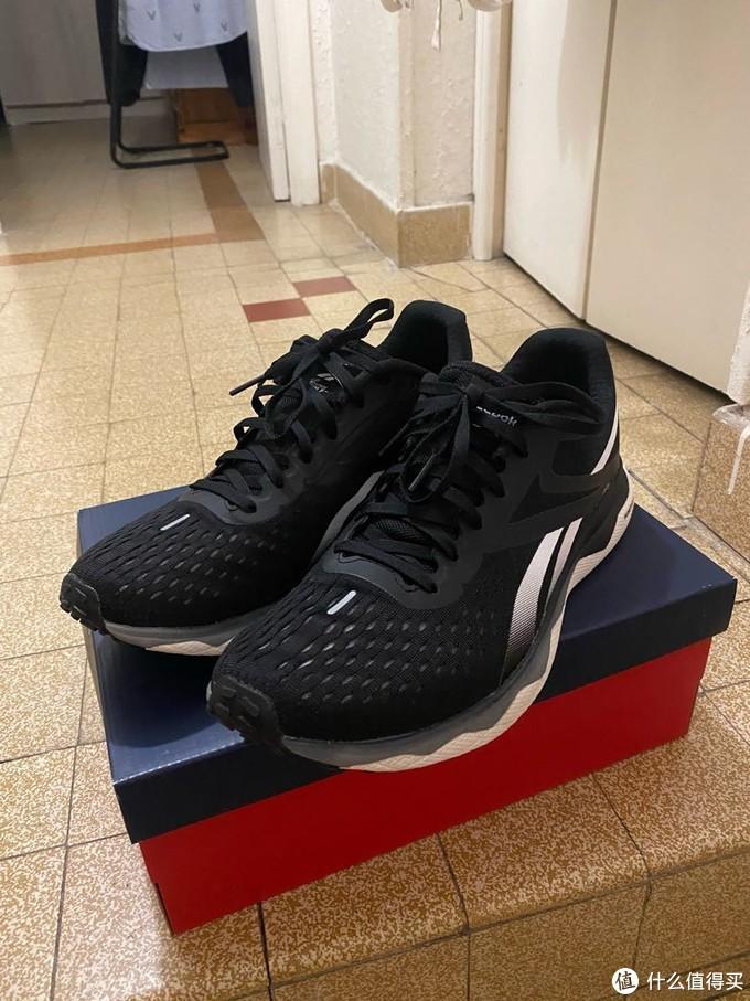 可能是今年最好的跑鞋之一,锐步FLOATRIDE RUN FAST 2