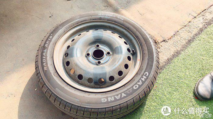 原车165/65R15轮胎