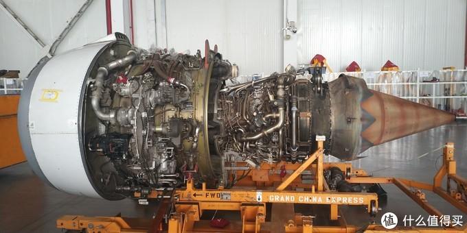 这是拆下的发动机