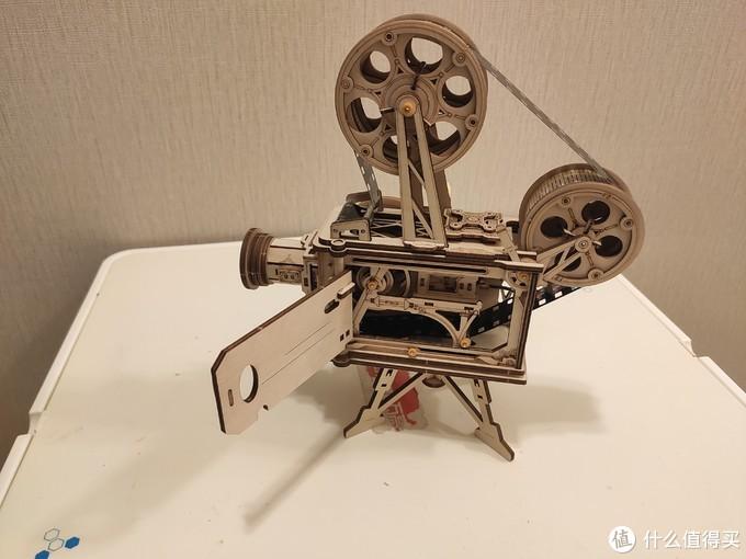 情怀无价,但求一乐——果壳出品老式放映机成品展示