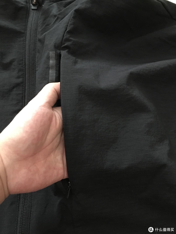 秋装备起来  阿迪达斯男子梭织外套EH3748