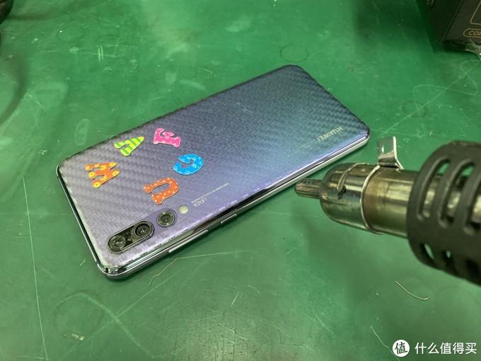 华为P20pro鼓包更换电池