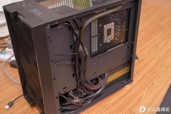 用120元的廉价主板,组装一台高性能8盘位NAS,阵列卡+万兆网卡,M-atx机箱!