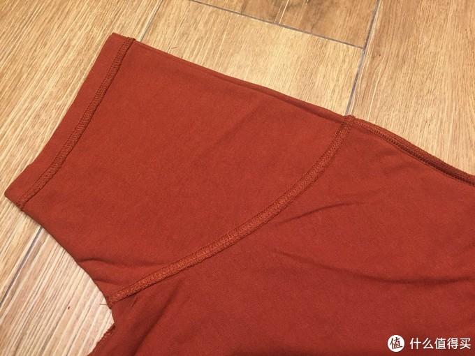背面袖口缝线