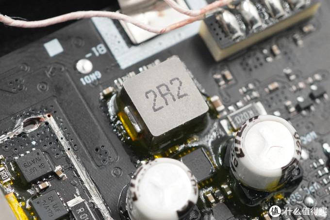 拆解报告:SAMSUNG三星10000mAh无线充移动电源