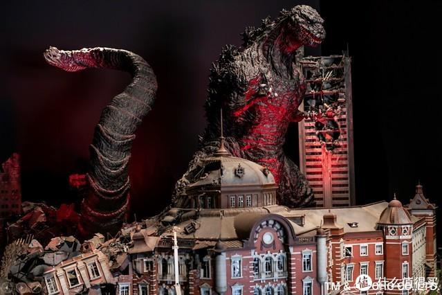 哥斯拉乐园:120米哥斯拉怪兽登场,仿佛身临其境太刺激