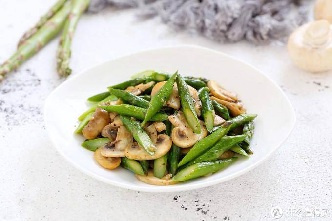 减肥期必备菜肴,低脂低热营养十足,简单炒炒也能鲜美的不可思议