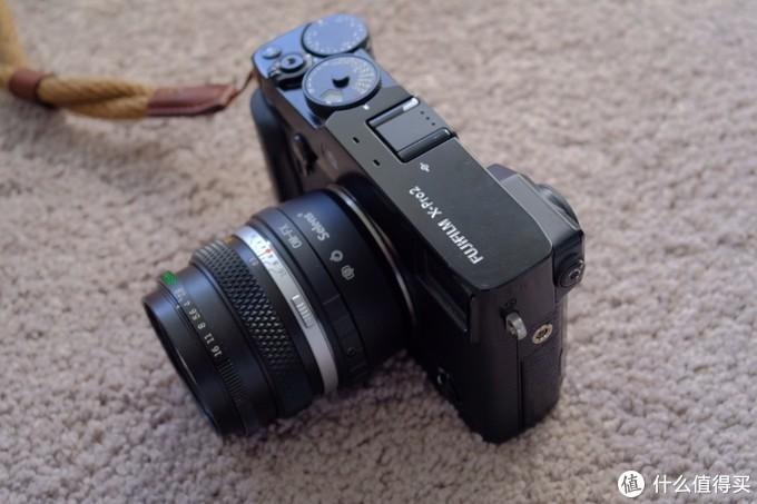 搭配黑色Fujifilm X-Pro2的样子