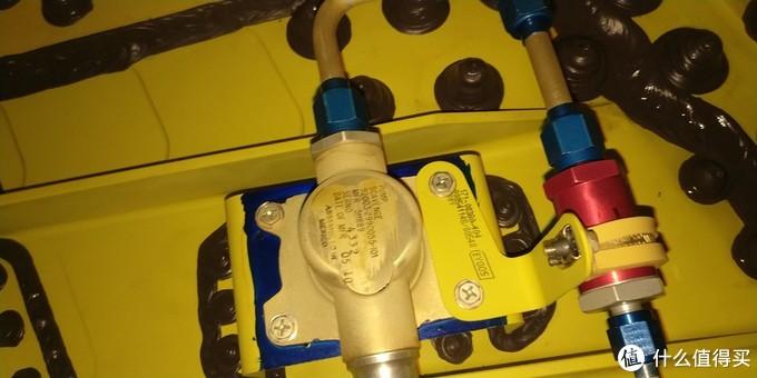 引射泵,将大翼油箱的油通过虹吸送到集油箱