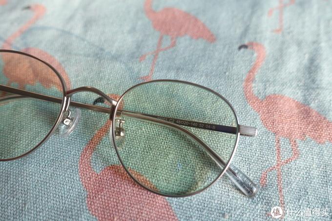 防护升级,用眼倍轻松——柠檬专业防蓝光眼镜开箱测评