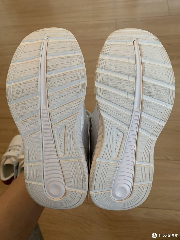 图书馆猿のBalabala 巴拉巴拉 儿童休闲运动跑鞋简单晒