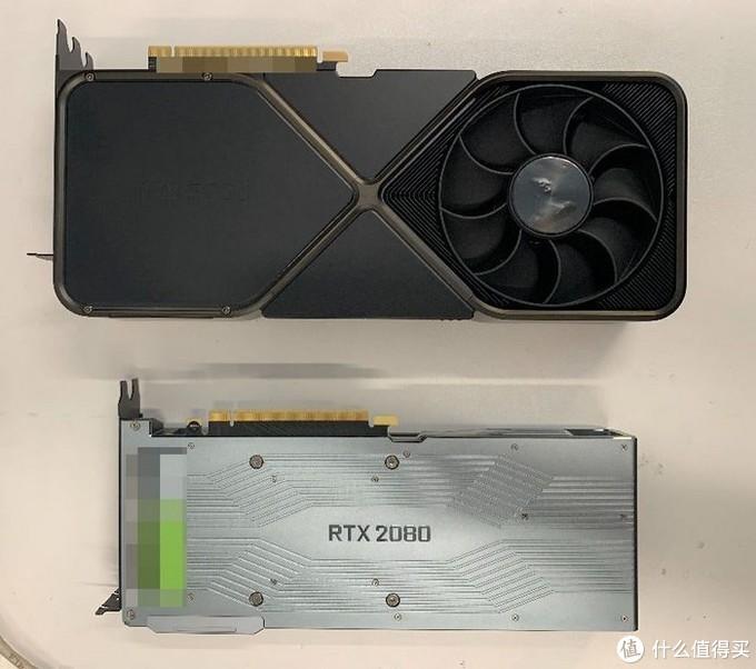 NVIDIA RTX 3090 FE纯公版真容曝光,对比RTX 2080身材大一号