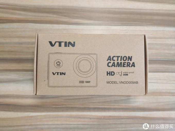 包装盒正面,品牌是VTIN(没听过),封面显示可以拍HD视频,30米防水