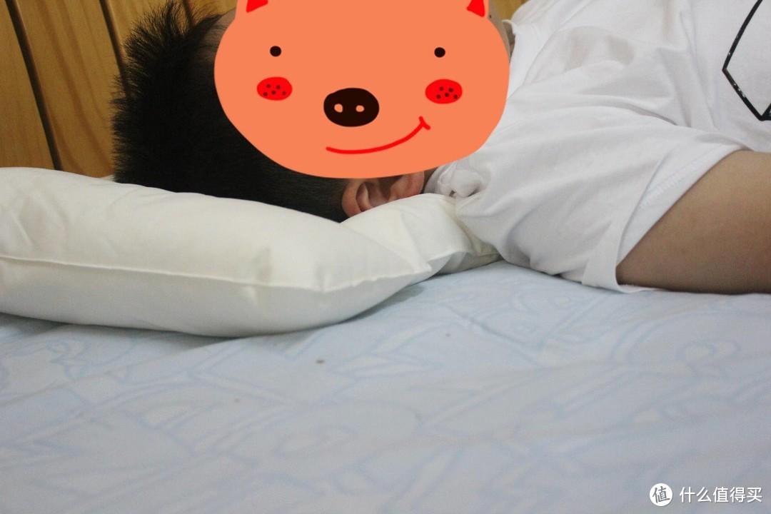 什么样的枕头更适合小朋友?三款儿童枕头之对比