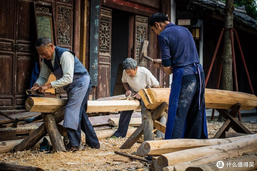 人文纪实《三个木匠》