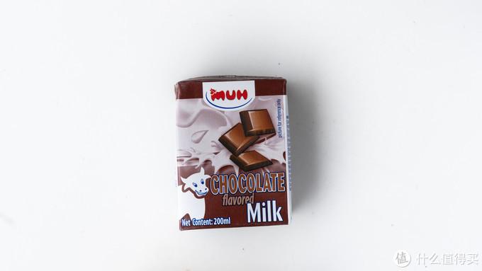 超市货柜全扫空,就为了试试哪款牛奶最好喝