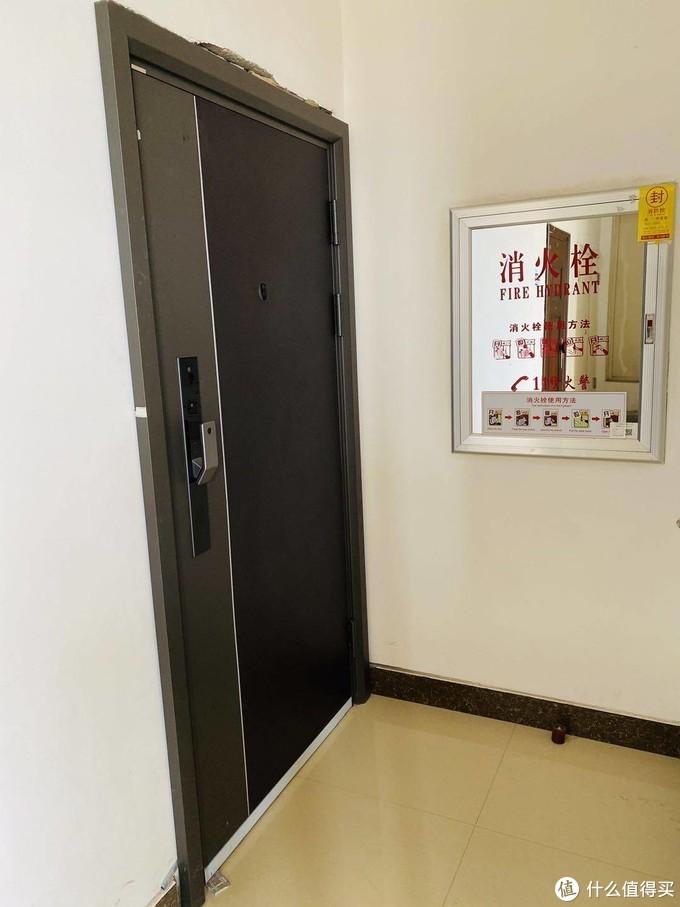 「入户门更换」一门顶四用,小白智慧门安装体验全纪录