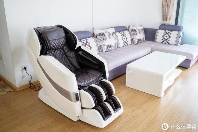 按摩椅选购攻略干货、选对按摩椅,胜过10次大保健!奥佳华7608新升级款全自动按摩椅体验测评!
