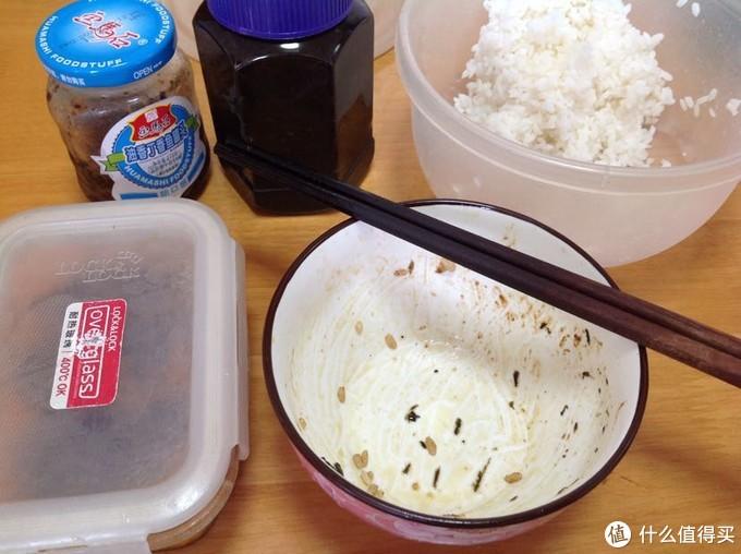 古龙香菇肉酱、画马石丁香鱼、蓬盛橄榄菜。