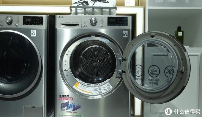 2019 AWE展会上的LG双转子热泵干衣机