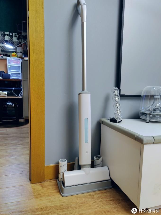 地面清洁原来如此简单!洒哇地咔微湿电动拖把&吸尘器体验