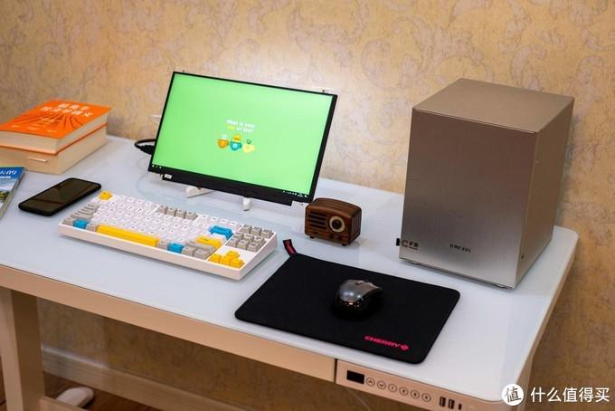 从DIY显示器开始,打造一个小小的娱乐空间