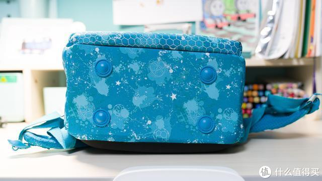课业压力下,娃的书包怎么选?两款主流儿童护脊书包对比分享