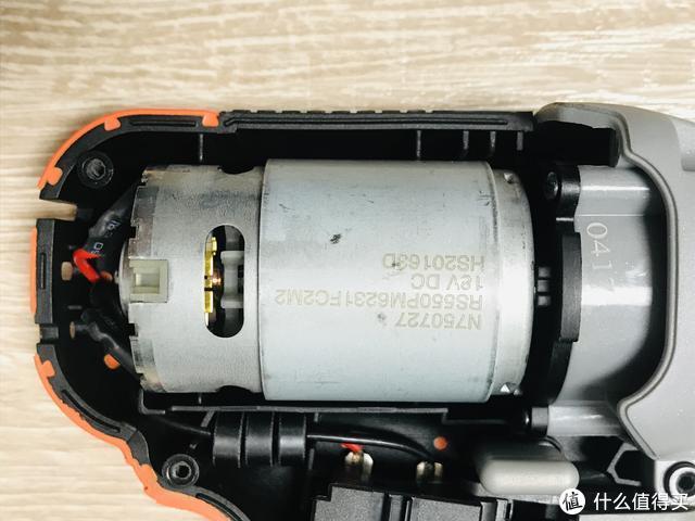 男人应该有一套工具——百得BCD702电钻评测及拆解