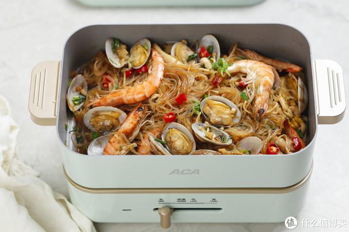 超火爆的海鲜粉丝煲,想吃就在家做,每一根粉丝都不想错过!
