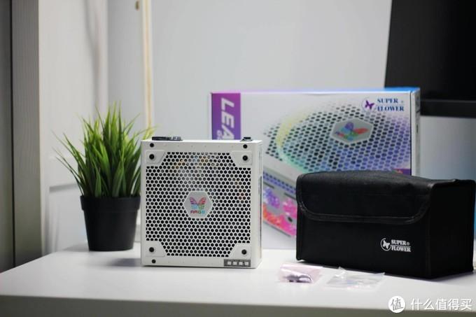 电源也要RGB!颜值与性能兼具的振华 LEADEX ARGB 850W