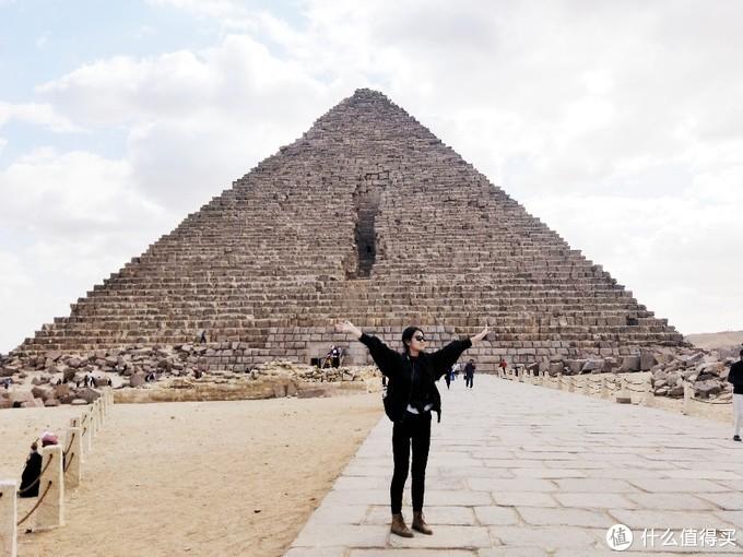 我们没有进金字塔墓穴通道