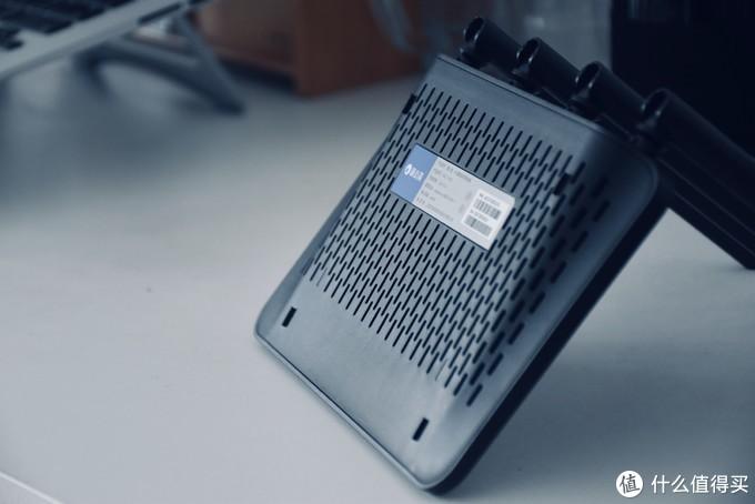 可玩性高,性价比也不错:蒲公英4G路由器X4C