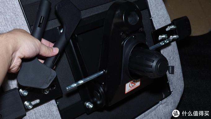 泰坦级细节 - 圣临SecretLab TITAN电竞椅
