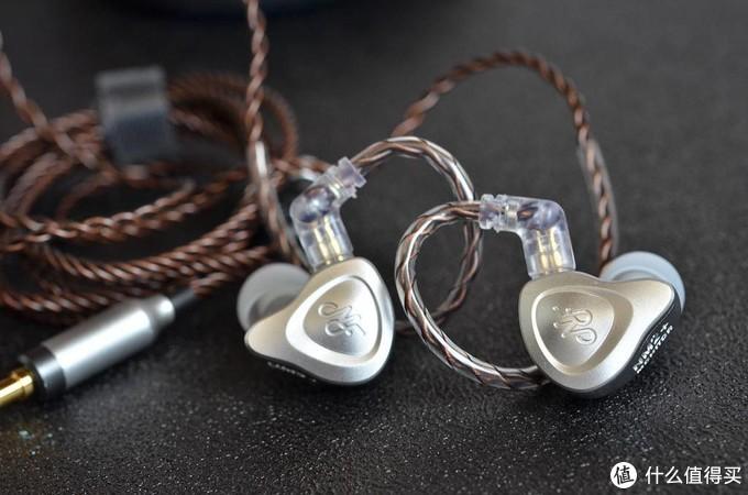 "NF Audio NM2+ 颇有""分量""的千元级监听耳塞"