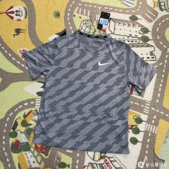 Nike MILER FUTURE FAST跑步速干T恤