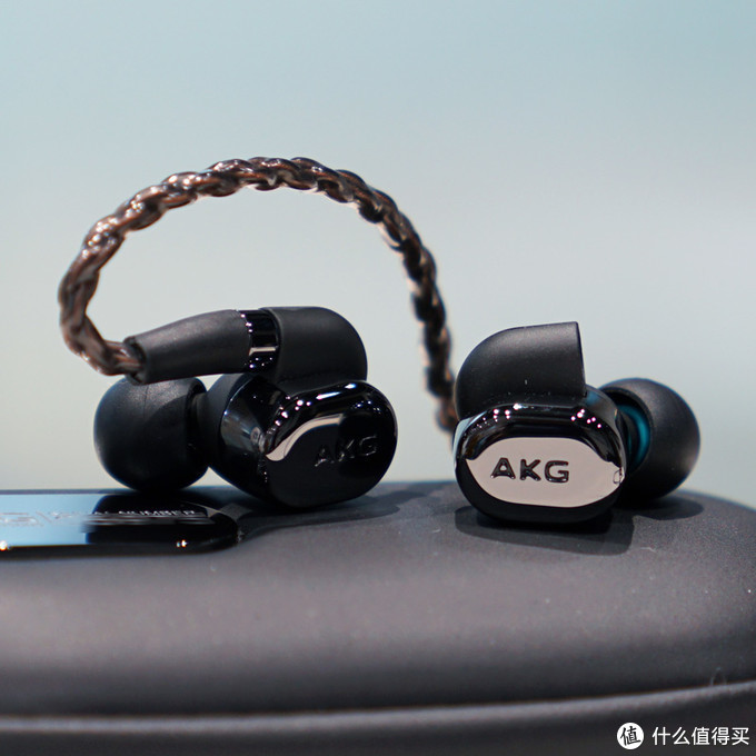理性发烧友的旗舰选择!2020年最值得购买的3000-5000价位段hifi入耳式耳机大横评
